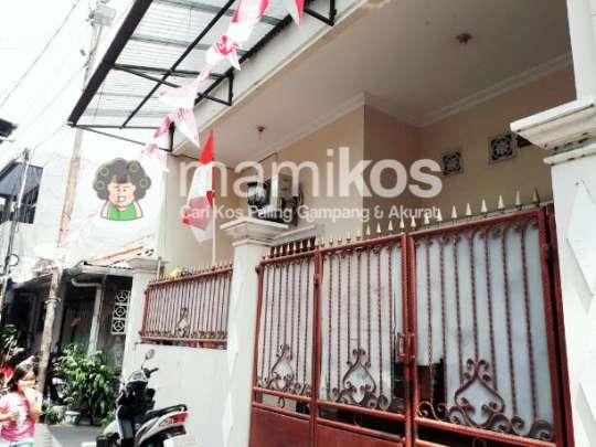 Kost Ibu Hikmah Gambir Jakarta Pusat